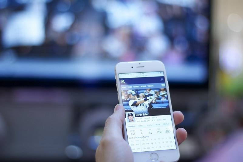 Usamos cada vez mas las redes sociales mientras vemos la television